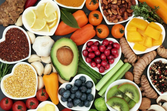 How Do Diets Rich in Antioxidants Affect the Aging Process