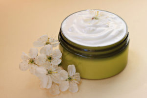 Best Antioxidant Night Cream: One That You Shouldn't Sleep Without