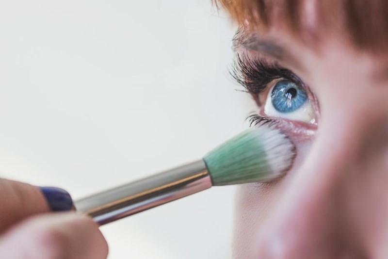 makeup blue eye