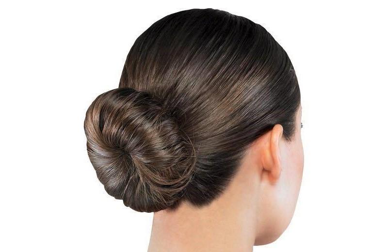 A simple hair bun